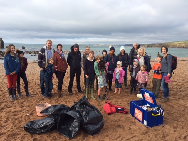 SAS beach clean at South Milton Sands Nov 2016